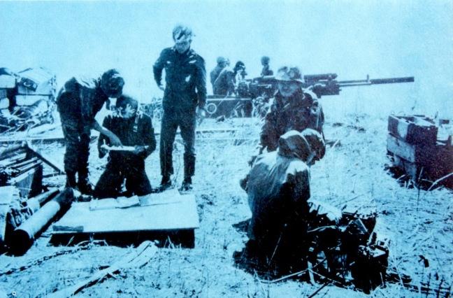 Phao binh nhay du tai Lao nam 1971
