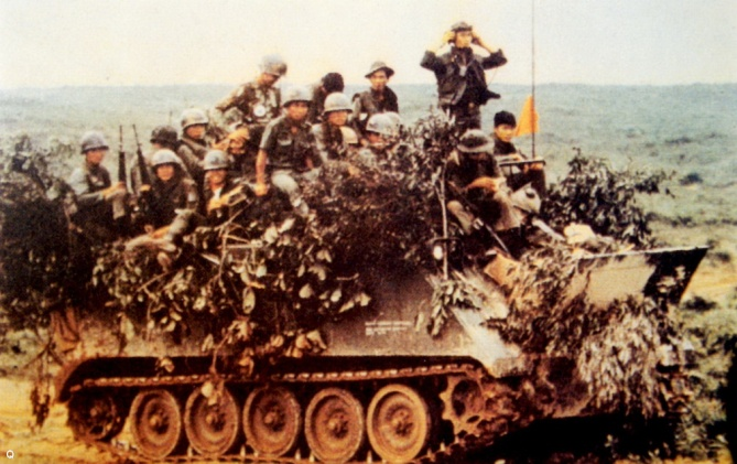 Thiet van xa M113 tai Quang Tri nam 1972