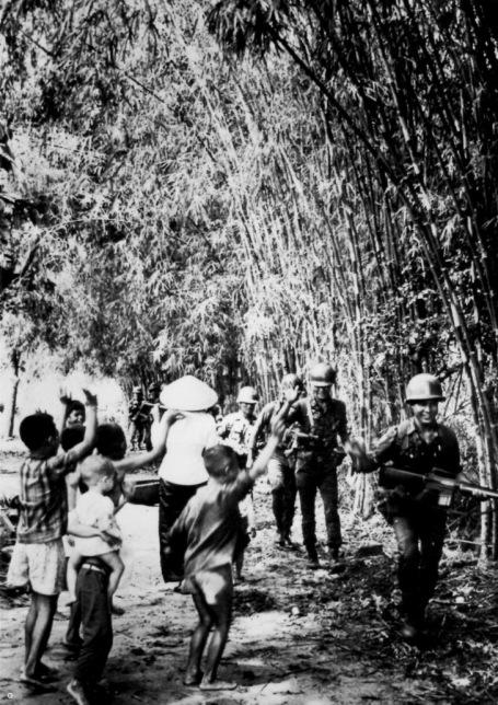 Nhân bản là hành trang căn bản của Chiến Sĩ Quân Lực VNCH – dòng sông cũ