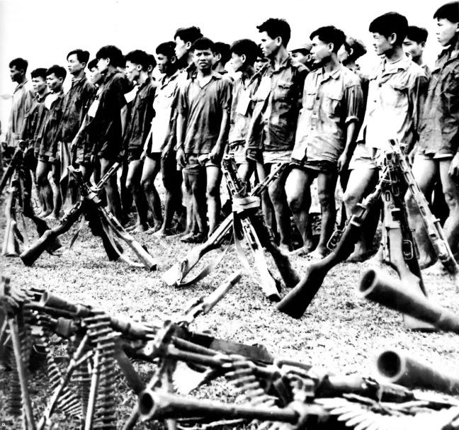 Can binh cong san Bac Viet bi cac chien su QLVNCH bat tai mat tran Quang Tri nam 1972