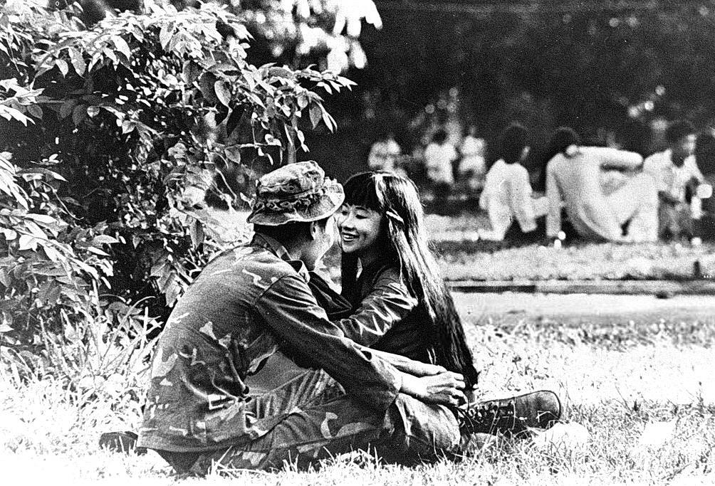 Vợ Lính – Nguyễn Thị Thêm – dòng sông cũ
