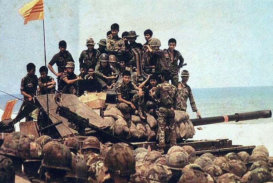 THUY QUAN LUC CHIEN VA THIET GIAP BINH QLVNCH TAI CHIEM CUA VIET NAM 1973